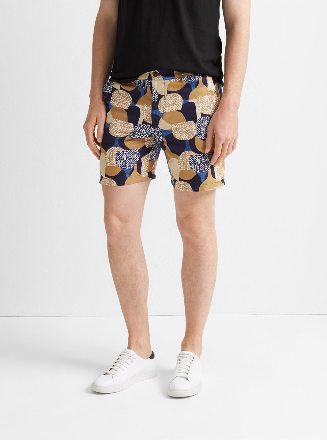 클럽 모나코 Club Monaco Baxter 7 Moon Print Short,Tan Multi
