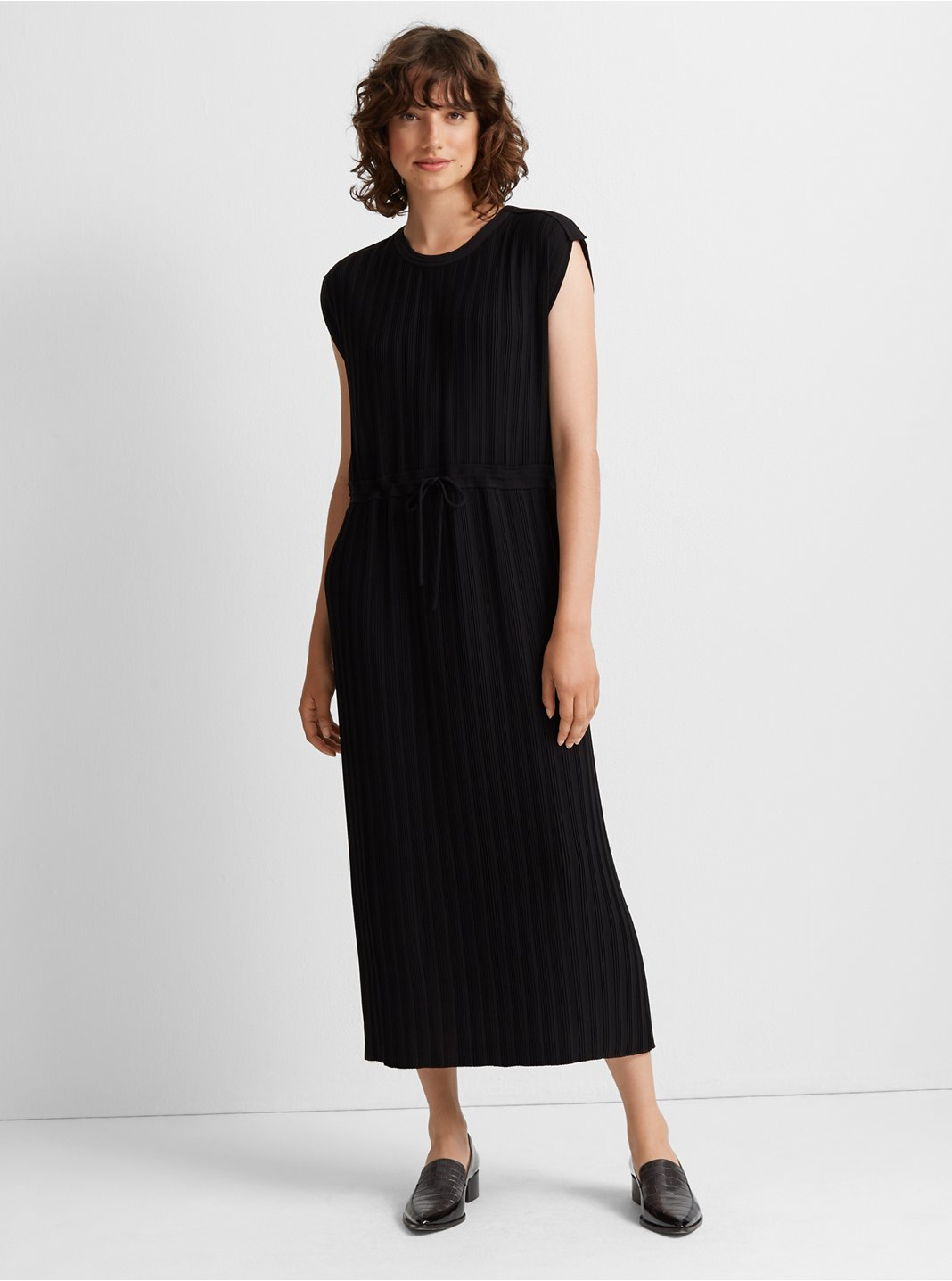 Woven Pleated Maxi Dress